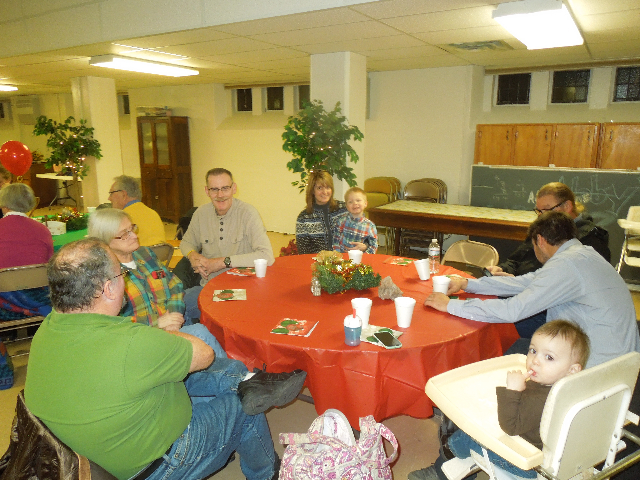 Cookieez and Christmas Dinnerprogram 018.JPG