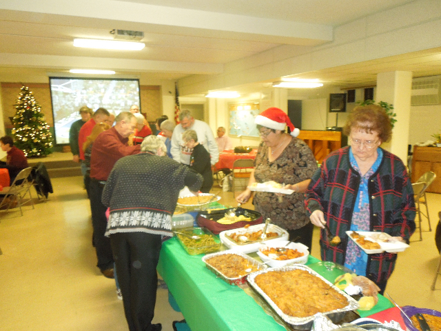 Cookieez and Christmas Dinnerprogram 021.JPG