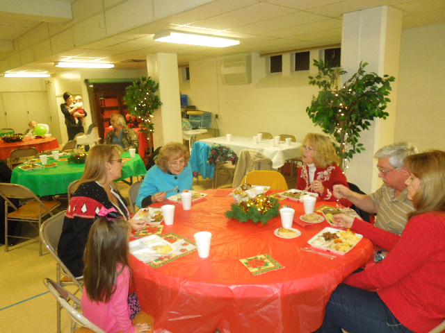 Cookieez and Christmas Dinnerprogram 022.JPG