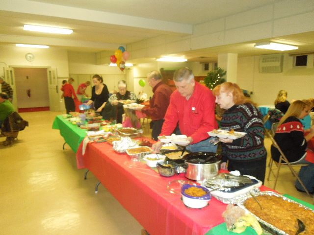 Cookieez and Christmas Dinnerprogram 024.JPG
