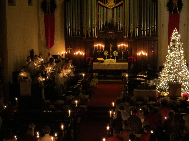 2015-12-24 Silent Night Candlelight 2.JPG