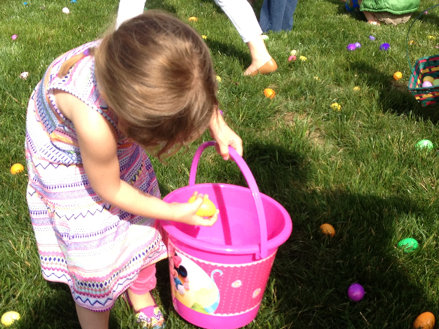 Easter Egg Hunt 2014 030.JPG