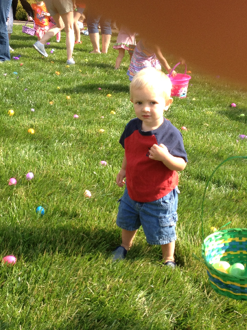 Easter Egg Hunt 2014 032.JPG