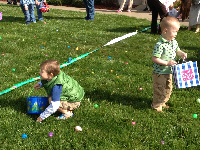 Easter Egg Hunt 2014 034.JPG