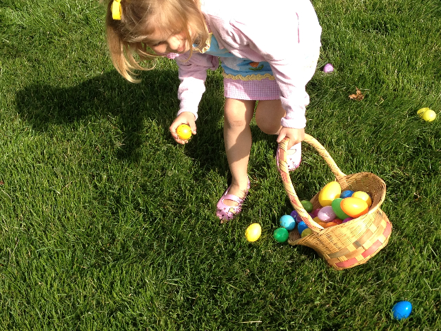 Easter Egg Hunt 2014 036.JPG