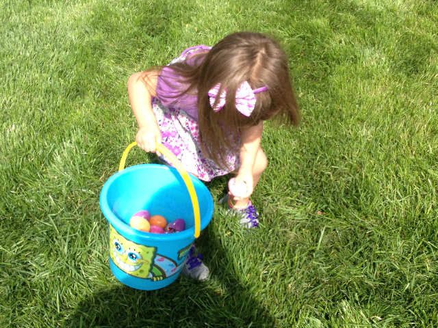 Easter Egg Hunt 2014 037.JPG