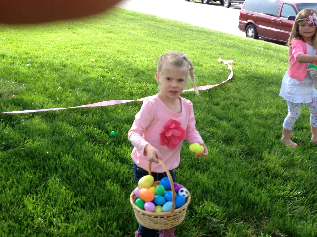 Easter Egg Hunt 2014 038.JPG