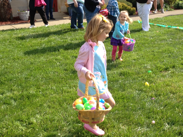 Easter Egg Hunt 2014 043.JPG