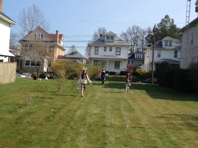 Easter Egg Hunt 2014 046.JPG