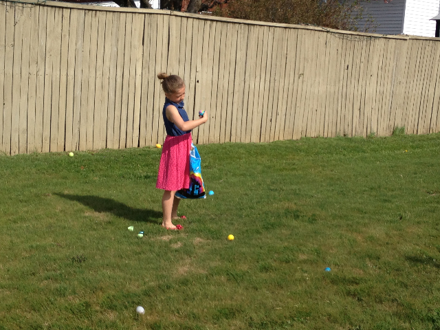 Easter Egg Hunt 2014 047.JPG