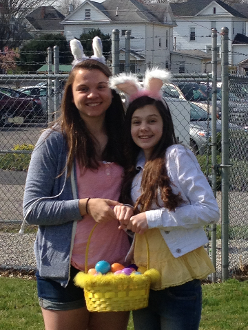Easter Egg Hunt 2014 052.JPG