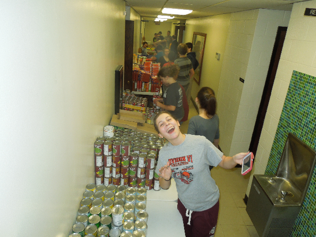 Food Baskets Eli Day Care Santa 020.JPG